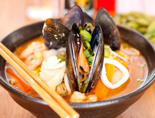 little-ramen-bar-seafood-ramen